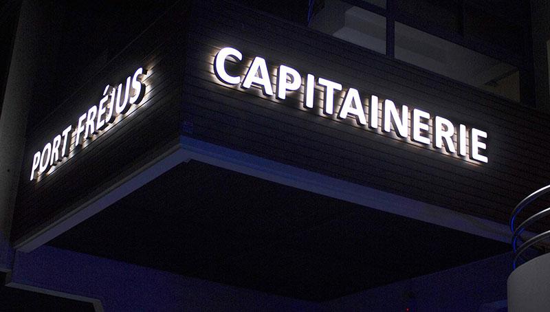 capitainerie-port-Enseigne